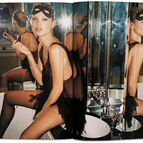 c53c33 cdce990fab164fbea1f2ccdea4b7a0db mv2 - Kate Moss by Mario Testino
