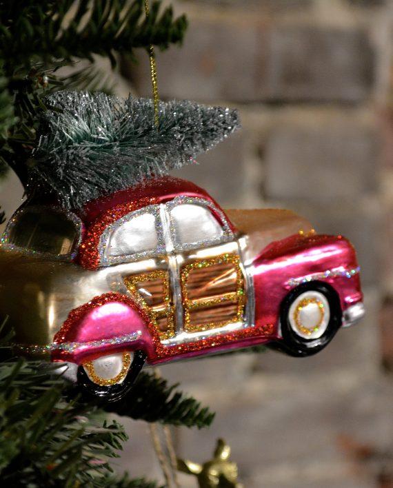 DSC 0515 1 570x708 - Bil med juletre - Glass & glitter