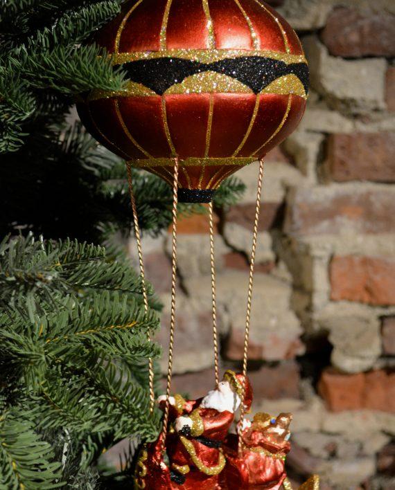 DSC 0700 570x708 - Luftballong - Flyvende julenisse