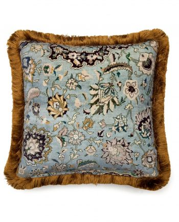 zanjan medium fringe velvet cushion sapphire 2 350x435 - Pute - Zanjan, Sapphire,fringed, House of Hackney