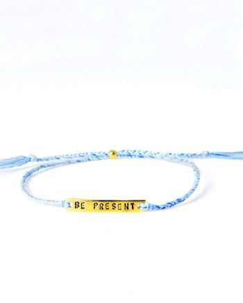 be present blue gold 350x435 - Armbånd - BE!NOTICED, BE PRESENT, blå og gull