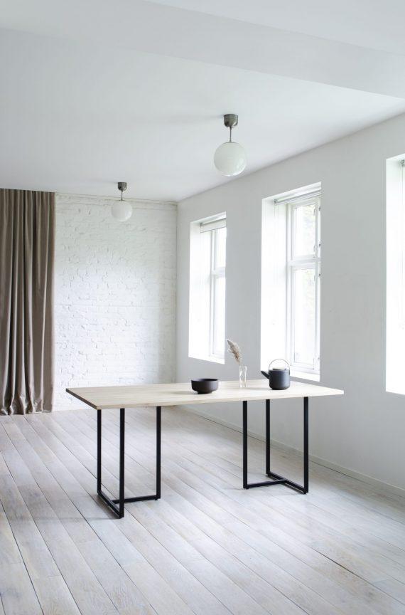 S Spisebord T bordet 180 EH 01 570x864 - T-bordet - Eik