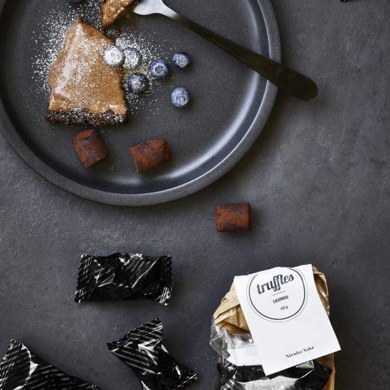 nvbv705 02 570x570 - Crispy Truffles - Liquorice