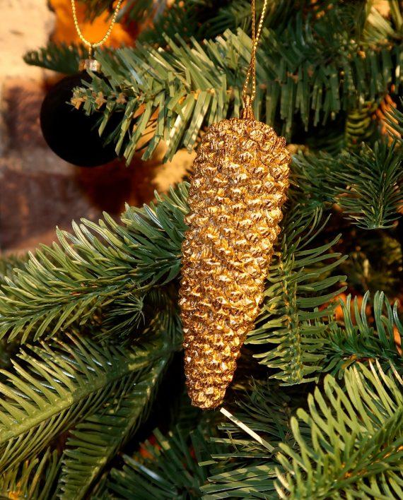 IMG 3987 570x708 - Henging pinecone - Gold