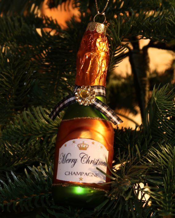 "IMG 4085 570x708 - Champagne ""Merry Christmas"""