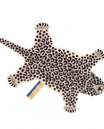 "1.45.10.016.020.5 SNOWY LEOPARD RUG LARGE HR 350x435 - Gulvteppe - ""Snowy leopard"""