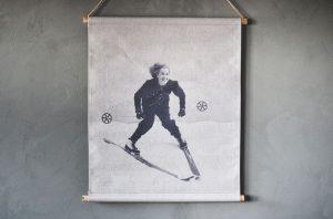 Veggtrykk – Skiløper, dame