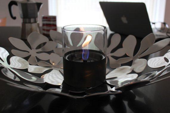 Tenderflame Lilly black miljø 570x380 - Bordpeis - Lilly, black