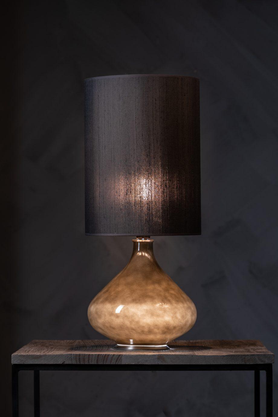"untitled 51 920x1380 - Bordlampe - Flavia ink skjerm ""Seda Negra"""