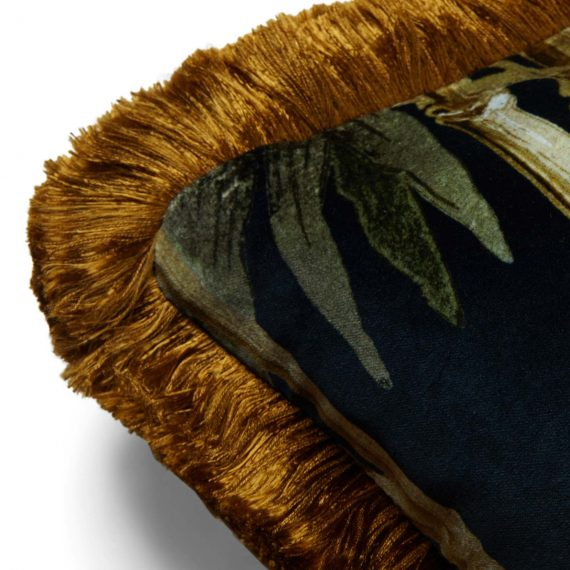 bambusa velvet fringed cushion midnight 2 rollover 570x570 - Pute - Bambusa, midnight, fringed, House of Hackney