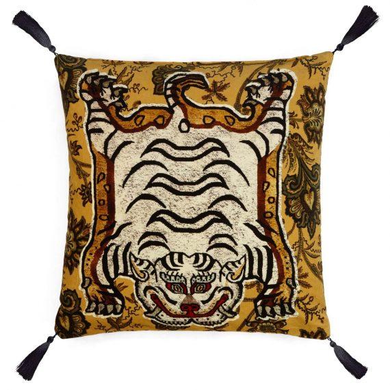 tigris large velvet tassel cushion indienne ochre 1 570x570 - Pute - Tigris, Velvet - House of Hackney