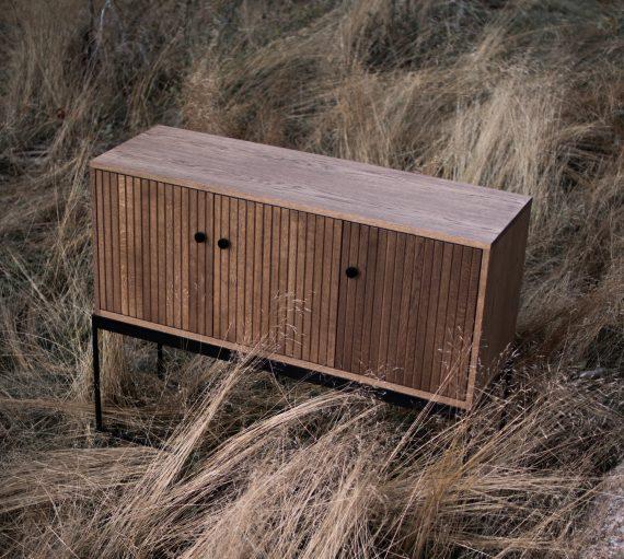 S Storage Sideboard Dis 120 Grooved ER 01 570x511 - Dis skap 120