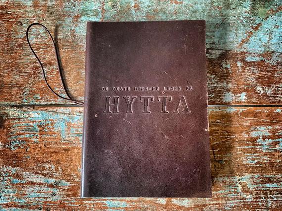 807925 - Hyttebok - De beste minnene lages på hytta