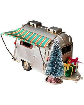 J57918 350x435 - Campingvogn med julepynt