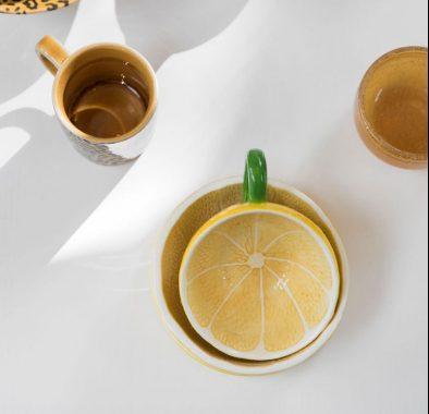 ByOnSS20 0347 e1584098425500 - Tekopp med underskål - Lemon