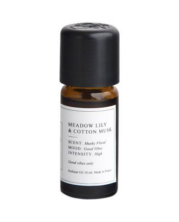 meadowlilycottonmuskkopia 63634 350x435 - Duft olje #1 - Meadow Lily & Cotton musk