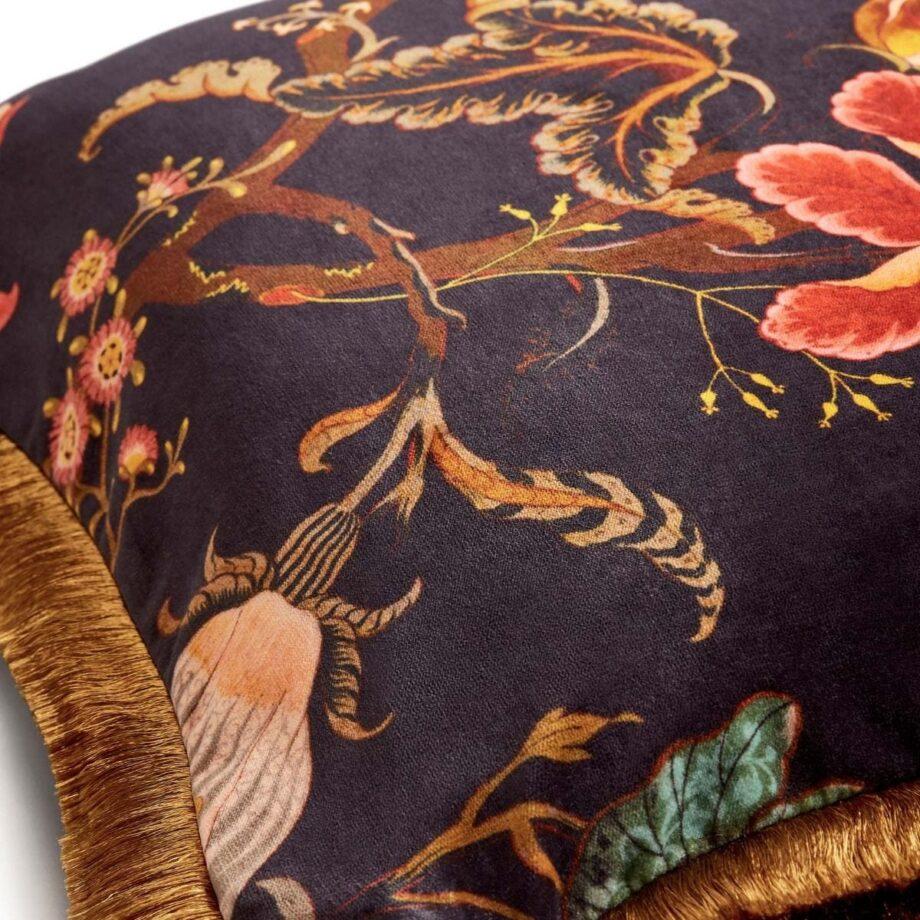 artemis medium fringed velvet cushion black 2 920x920 - Pute - Artemis, fringed, House of Hackney