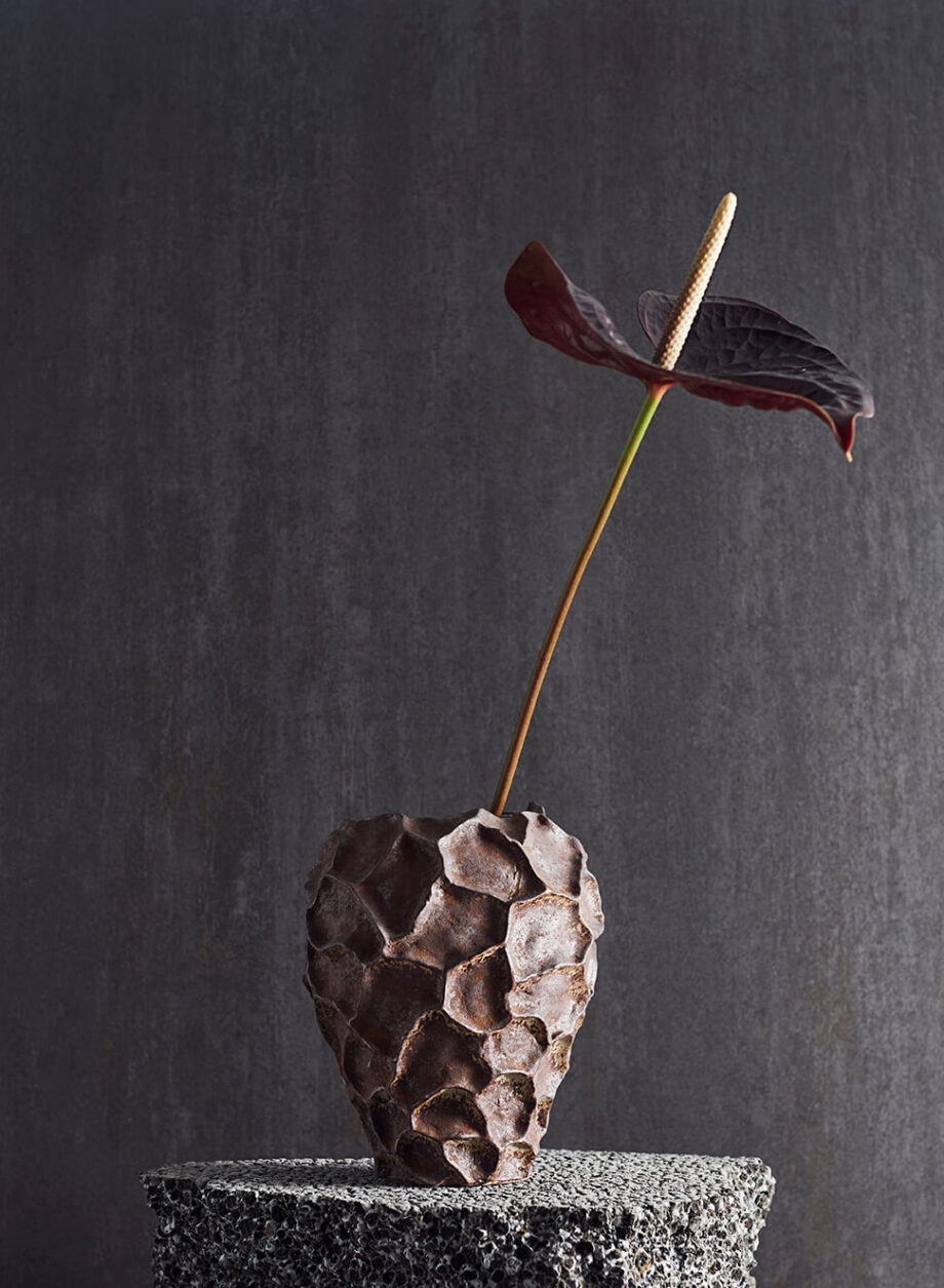 "9490000102 5 920x1255 - Vase ""soil"" - H 21 cm"